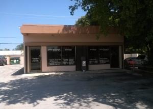 2416 N Dixie Highway  Boca Raton, FL 33431